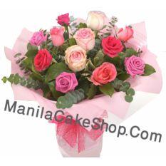 12 pieces mix rose in vase to manila