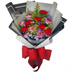 send 12 pcs. pink and red carnation in bouquet to manila