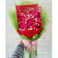 send 2 dozen of red color roses bouquet to mania