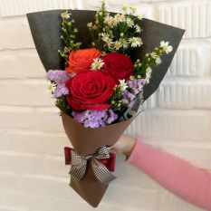 send 3 red and orange ecuadorian roses bouquet to manila