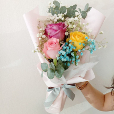 send 3 stems mixed ecuadorian roses bouquet to manila