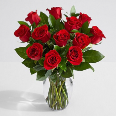 12 red roses in vase to philippines