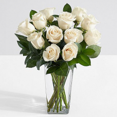 12 white roses in vase to philippines