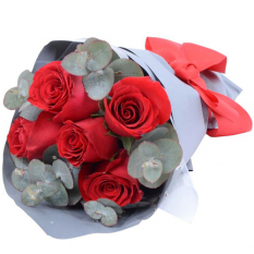 send 5 pcs. red ecuadorian roses bouquet to manila