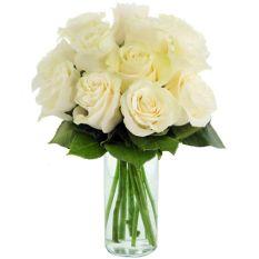 send dozen of white ecuadorian roses in vase to manila