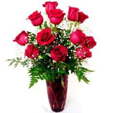 send 12 pcs red ecuadorian roses in vase to manila