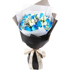 send 24 blue and white ecuadorian roses bouquet to manila