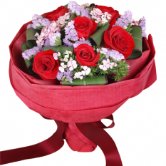 send 6 stem red ecuadorian roses bouquet to manila