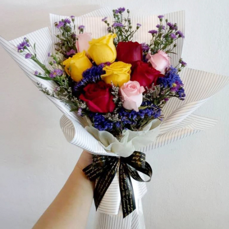 send 9 stems mixed color roses in bouquet to manila
